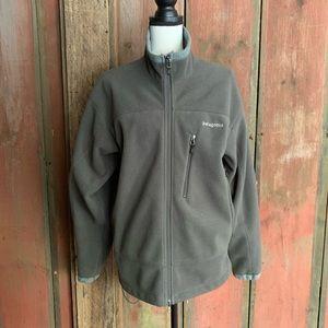 Men's grey Patagonia R fleece